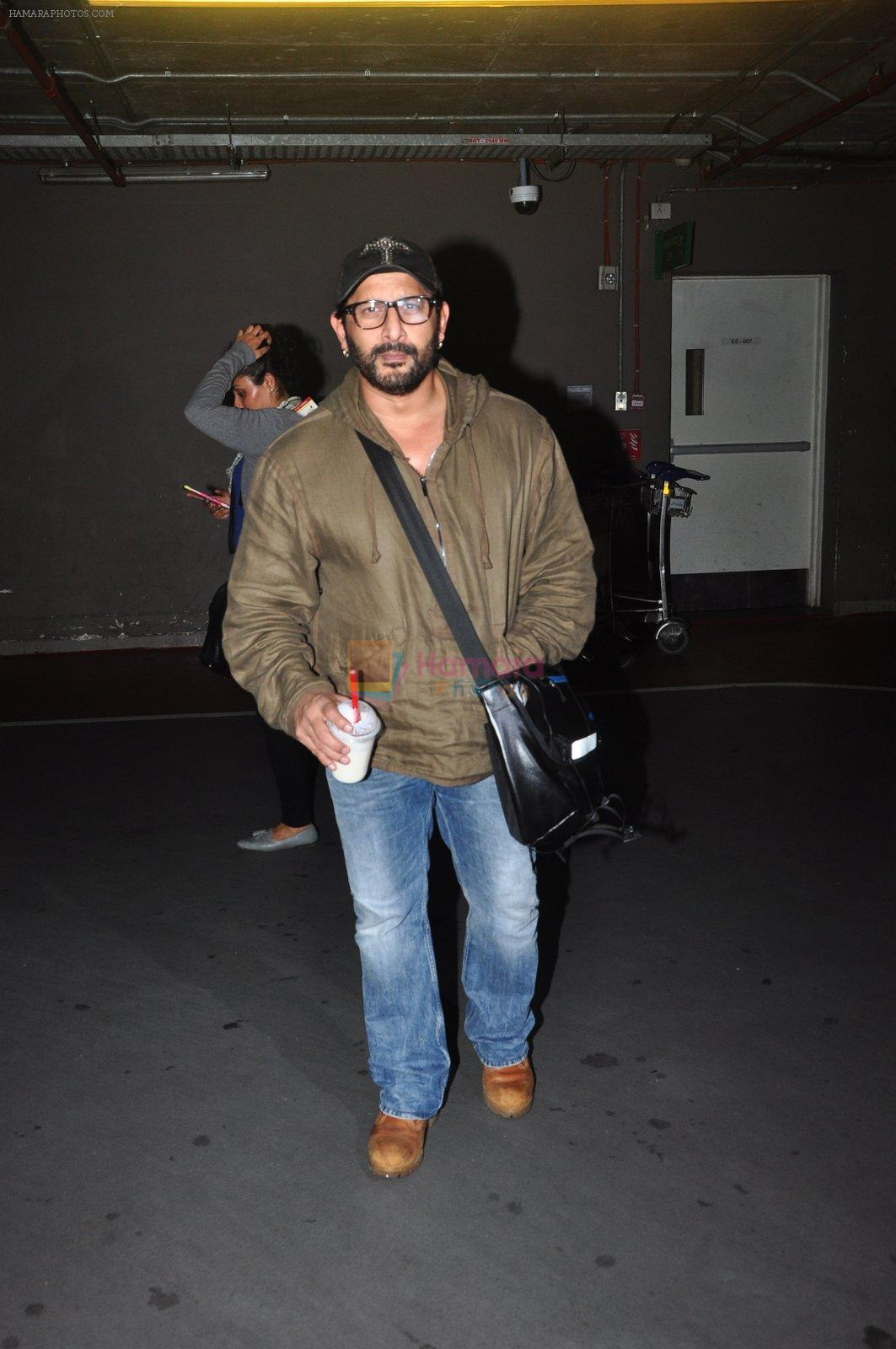 Arshad Warsi snapped at airport on 1st Aug 2016
