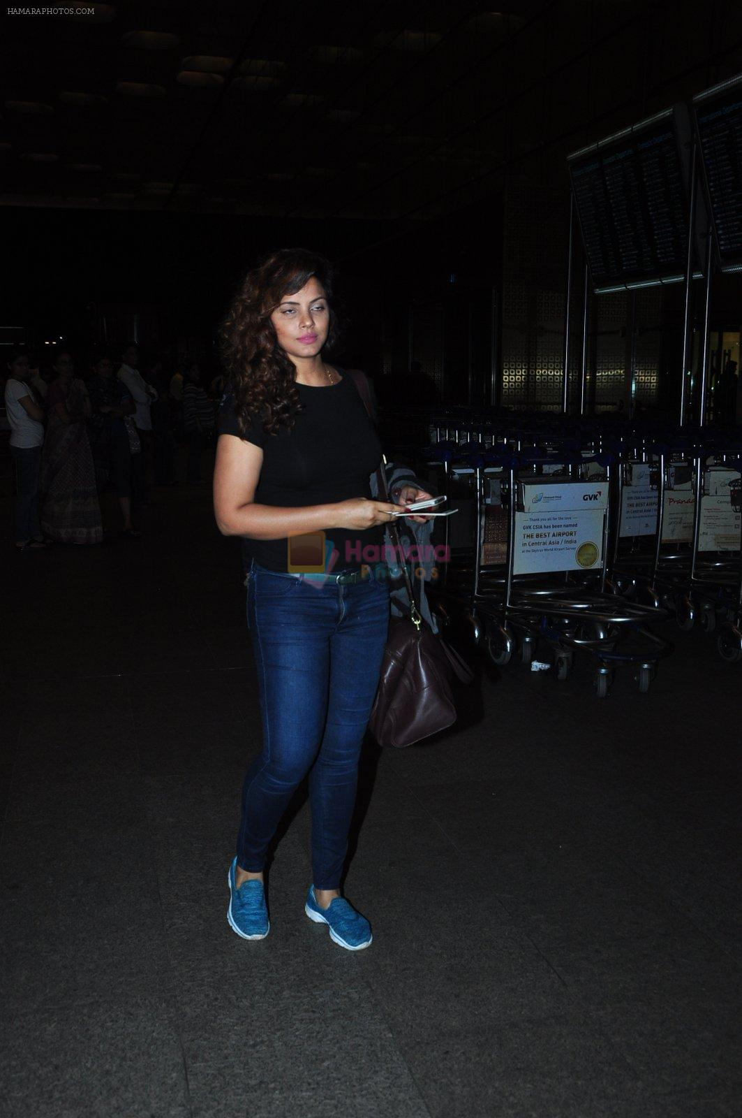 Neetu Chandra snapped at airport on 1st Aug 2016