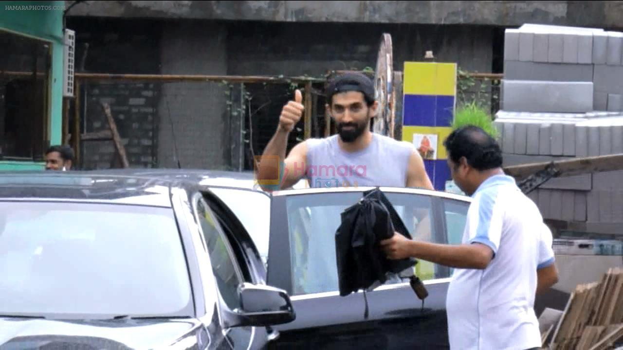 Aditya Roy Kapoor spotted at Dance Reharsal on 1st Aug 2016