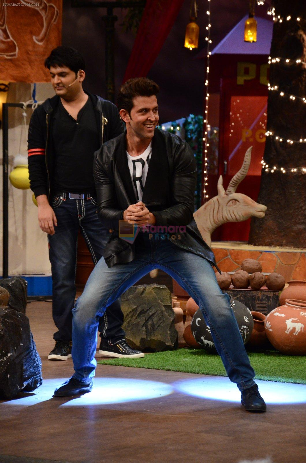 Hrithik Roshan promote Mohenjo Daro on the sets of The Kapil Sharma Show on 2nd Aug 2016