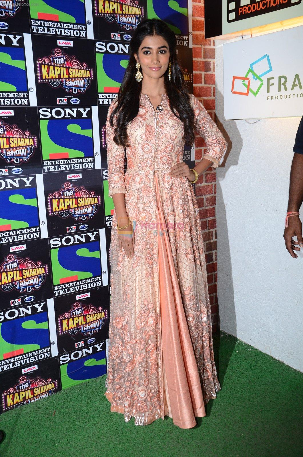 Pooja Hegde promote Mohenjo Daro on the sets of The Kapil Sharma Show on 2nd Aug 2016
