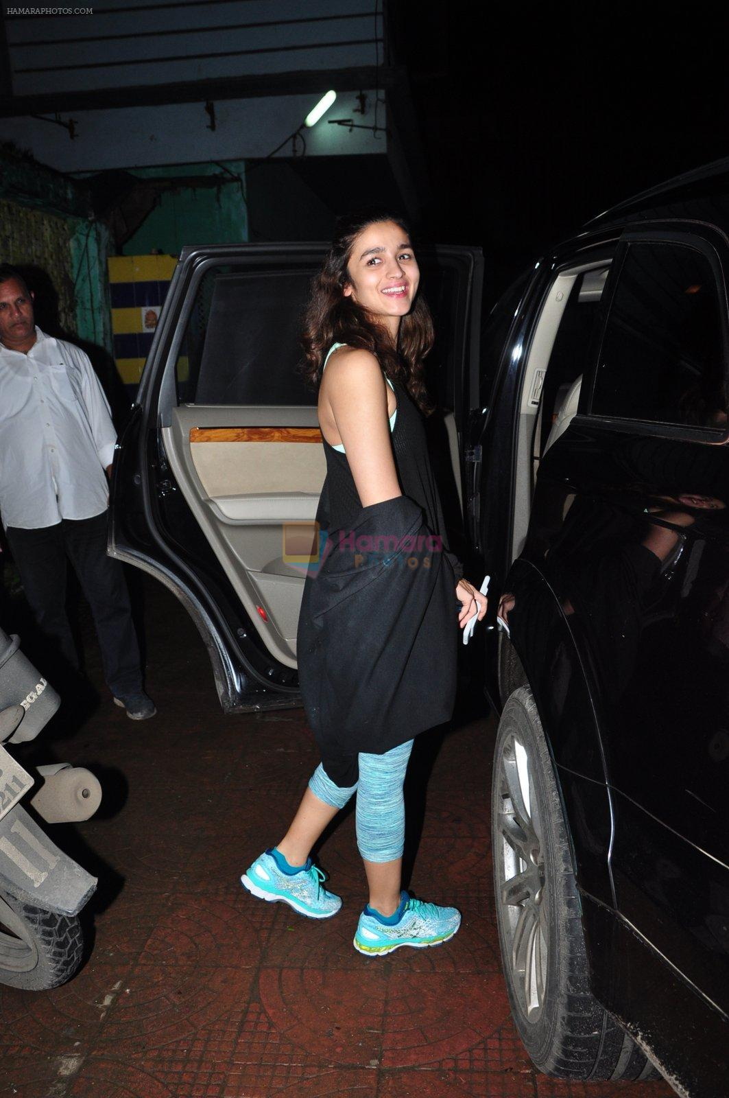 Alia Bhatt with Dream Team cast snapped post rehearsals on 3rd Aug 2016