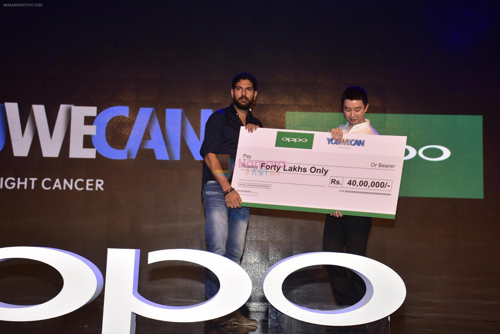 Yuvraj Singh at Oppo F1s mobile launch in Mumbai on 3rd Aug 2016
