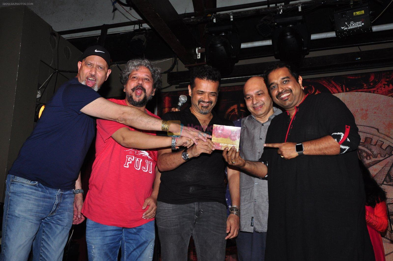 Shankar Mahadevan, Ehsaan Noorani, Loy Mendonsa, Amole Gupte at Sanjay Divecha album launch in Mumbai on 4th Aug 2016