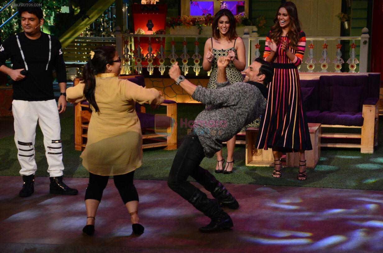 Akshay Kumar, Ileana D_Cruz, Esha Gupta promote Rustom on the sets of The Kapil Sharma Show on 5th Aug 2016