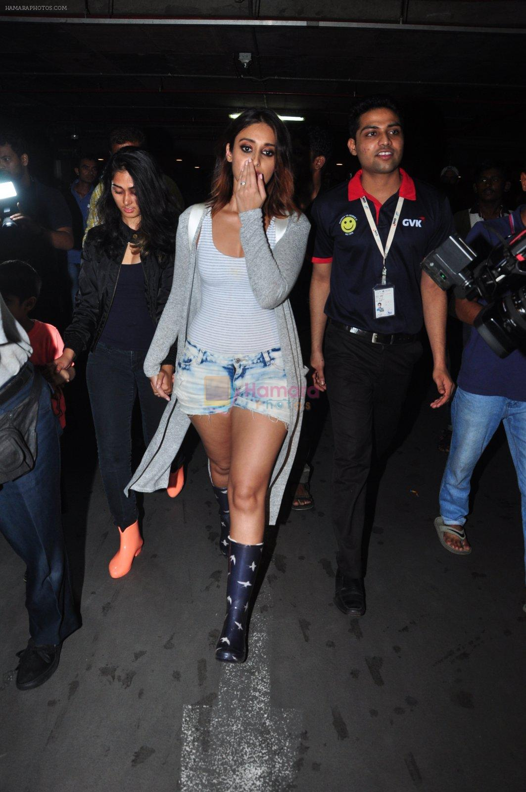 Ileana D Cruz snapped at airport on 5th Aug 2016