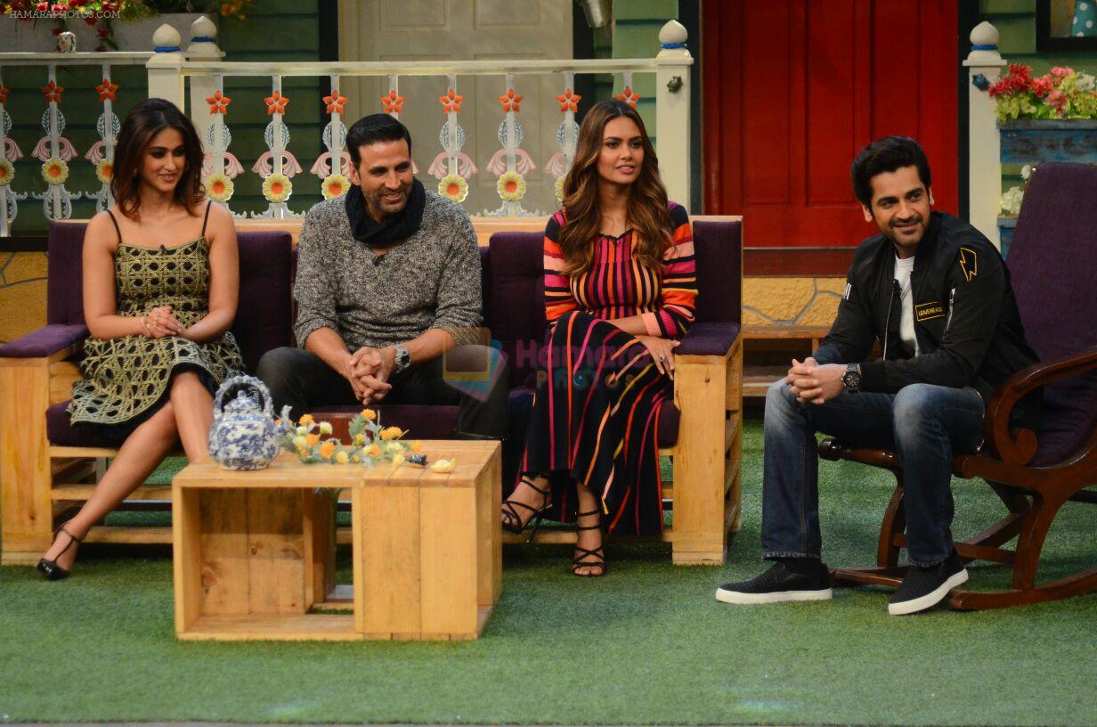 Akshay Kumar, Ileana D_Cruz, Esha Gupta promote Rustom on the sets of The Kapil Sharma Show on 5th Aug 2016