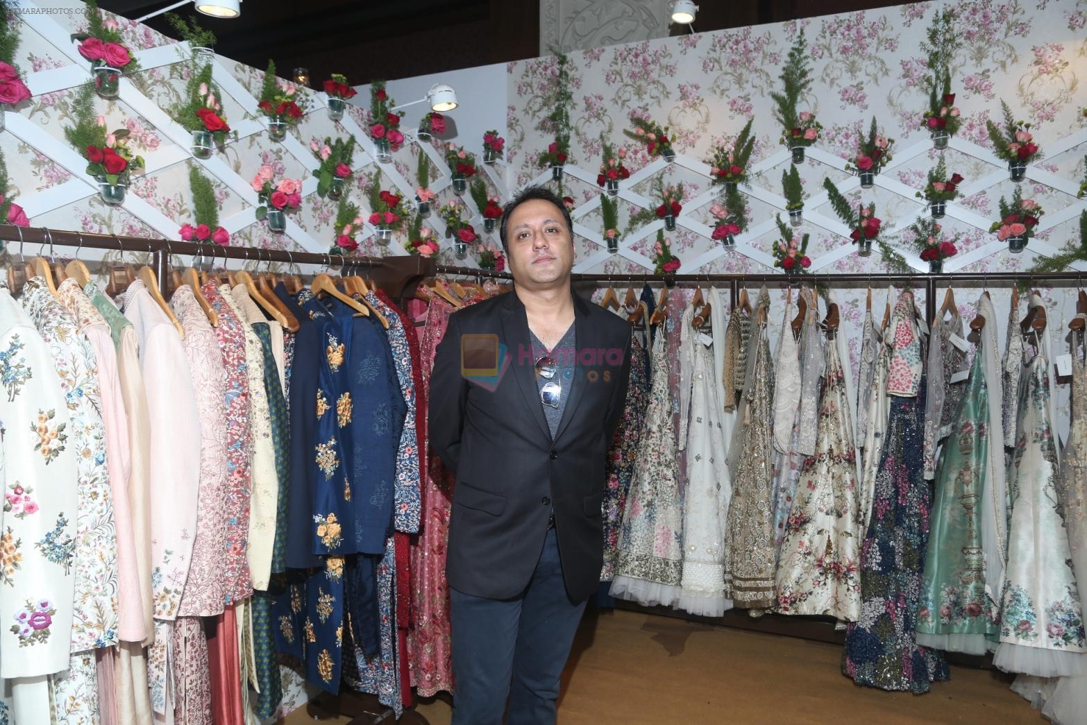 Varun Bahl with his collection showcased at Vogue Wedding Show 2016 at Taj Palace New Delhi