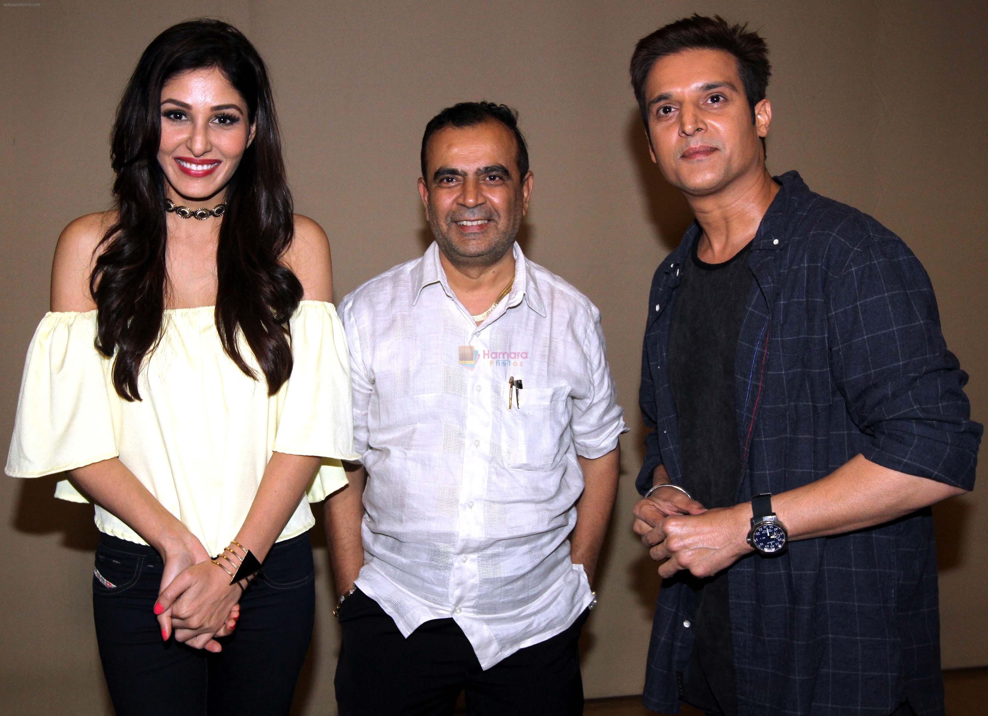 pooja chopra,yogesh lakhani & jimmy shergill at Yeh toh Two much hogaya film event on 6th Aug 2016