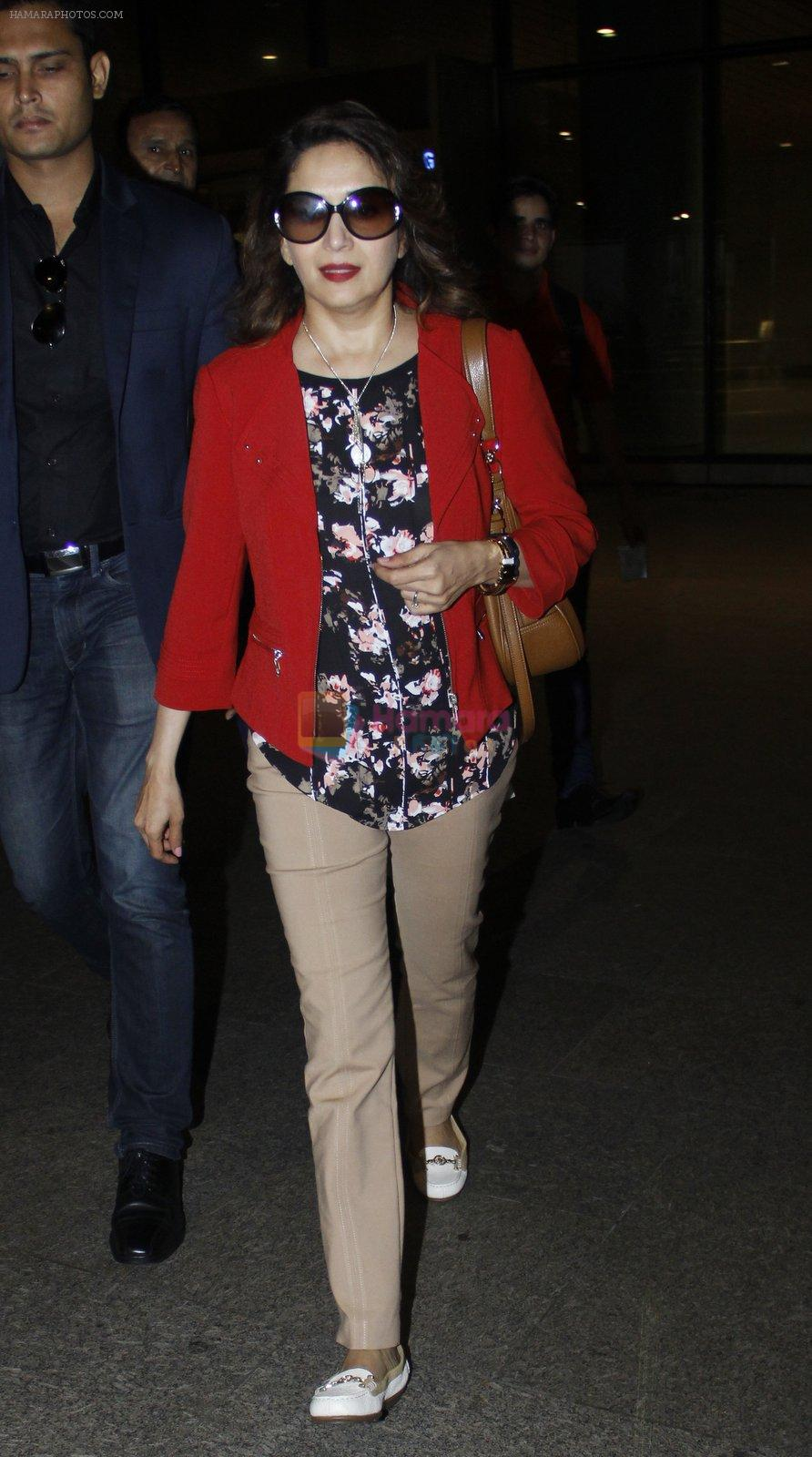 Madhuri Dixit snapped at airport on 6th Aug 2016