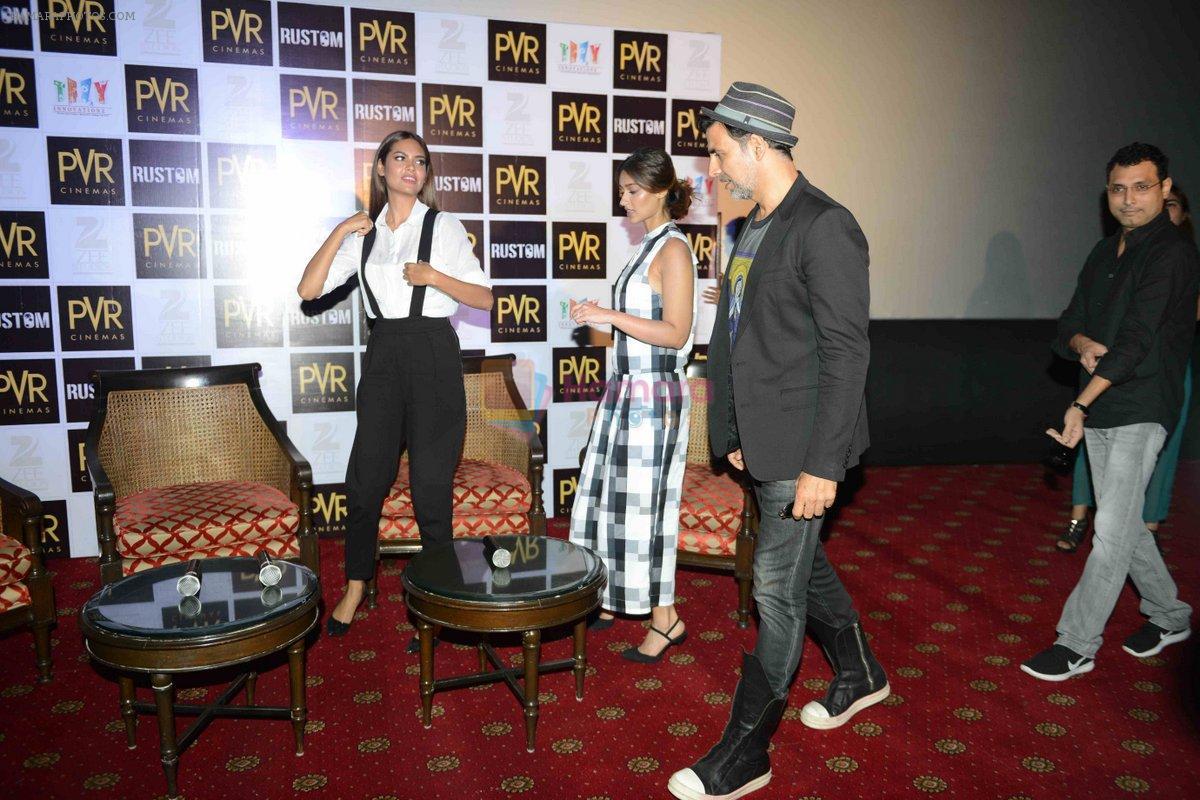 Akshay Kumar, Ileana D_Cruz, Esha Gupta at the Press Conference of Rustom in New Delhi on 8th Aug 2016