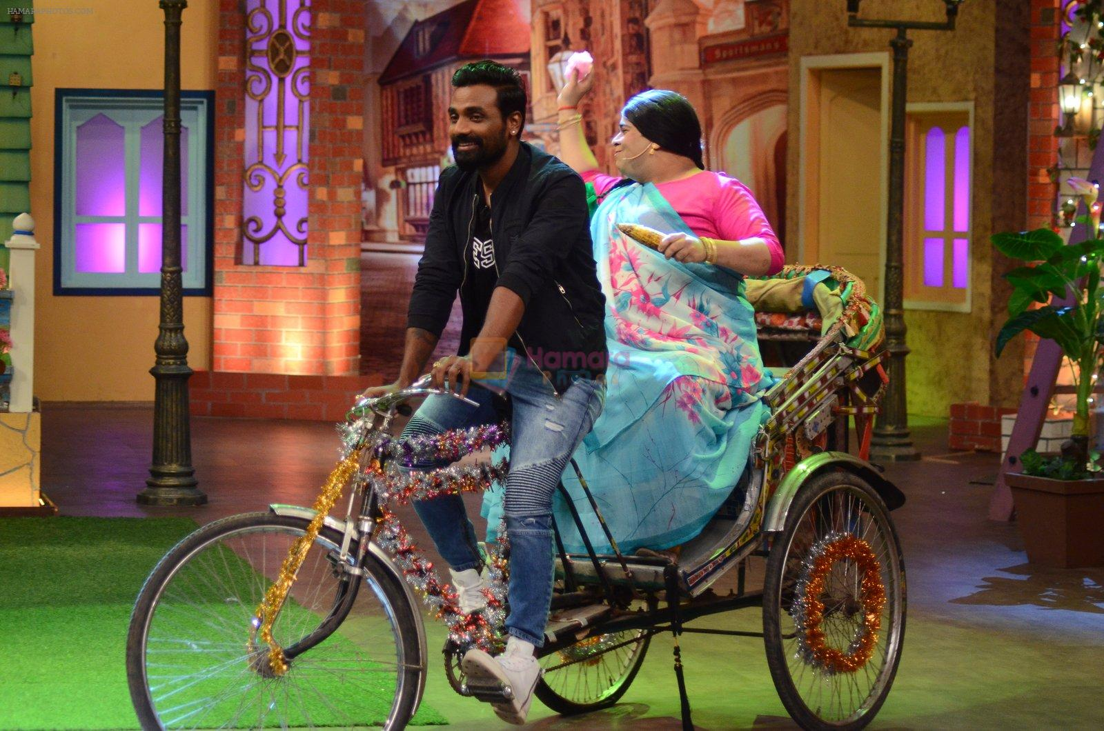 Remo D Souza promote The Flying Jatt on the sets of The Kapil Sharma Show on 8th Aug 2016