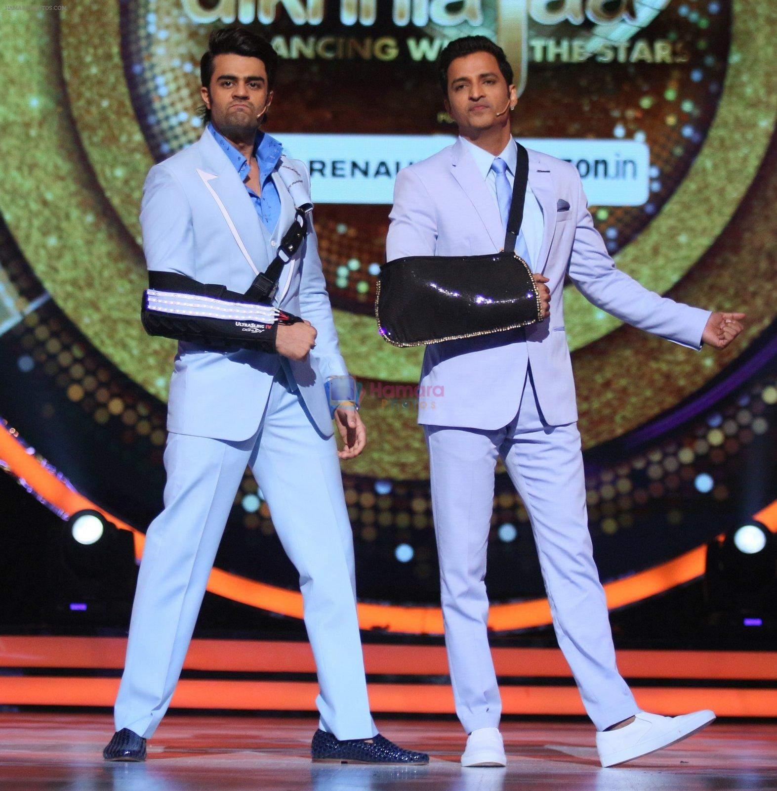 Ganesh Hegde, Manish Paul on the sets of Jhalak Dikkhla Jaa 9 on 9th Aug 2016
