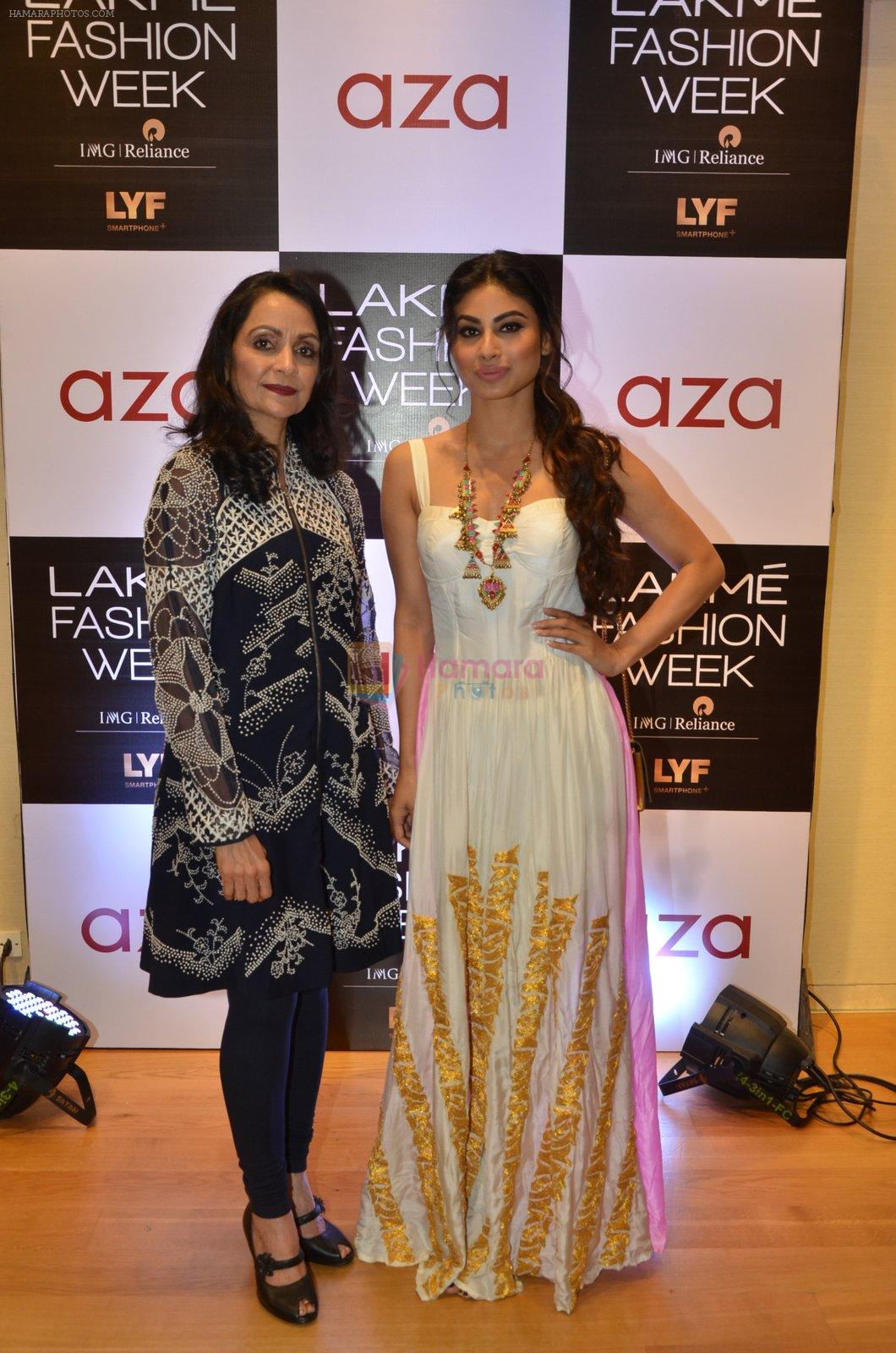 Mouni Roy at Aza in association with Lakme Fashion Week with emerging designers on 11th Aug 2016