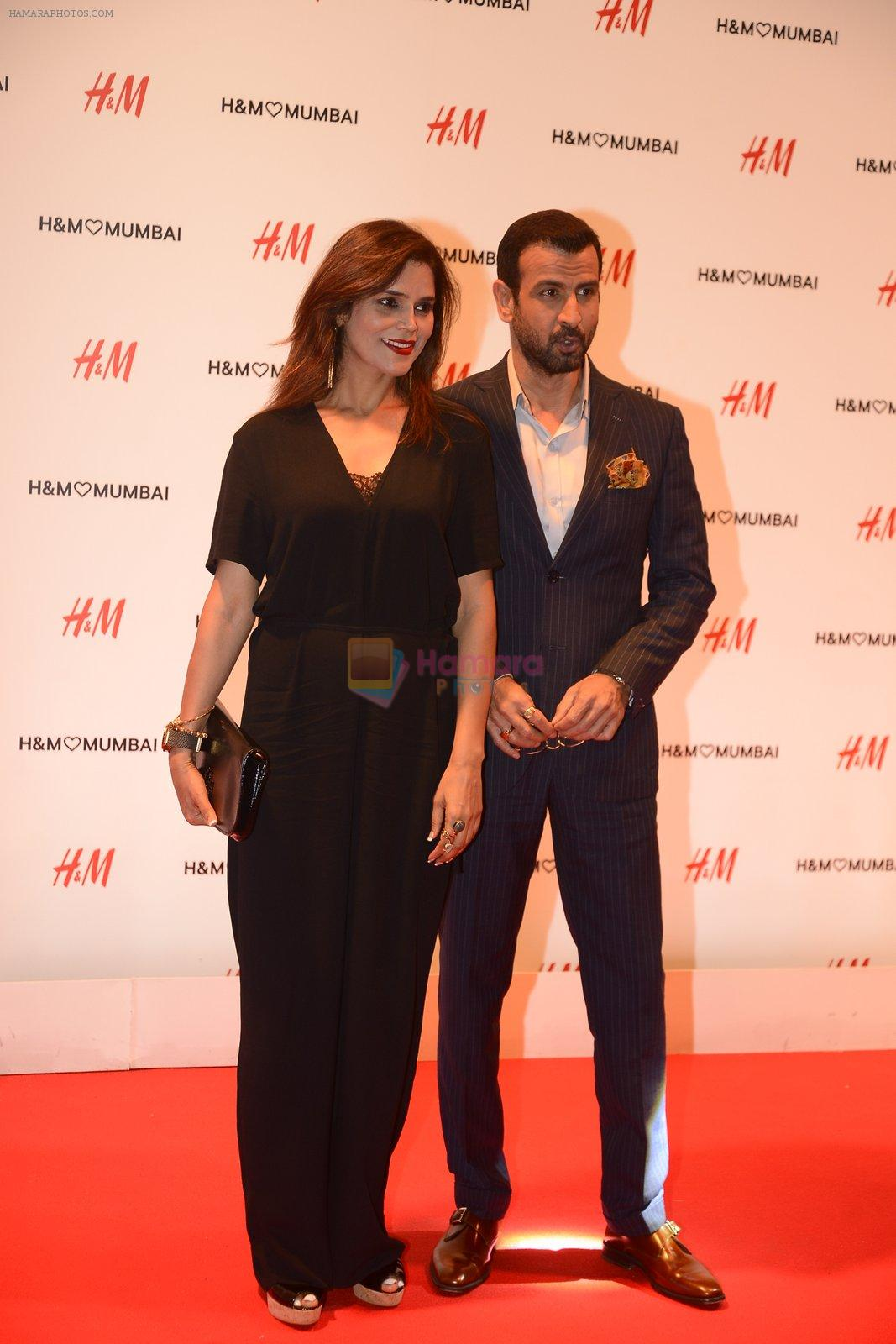 Ronit Roy at h&m mubai launch on 11th Aug 2016