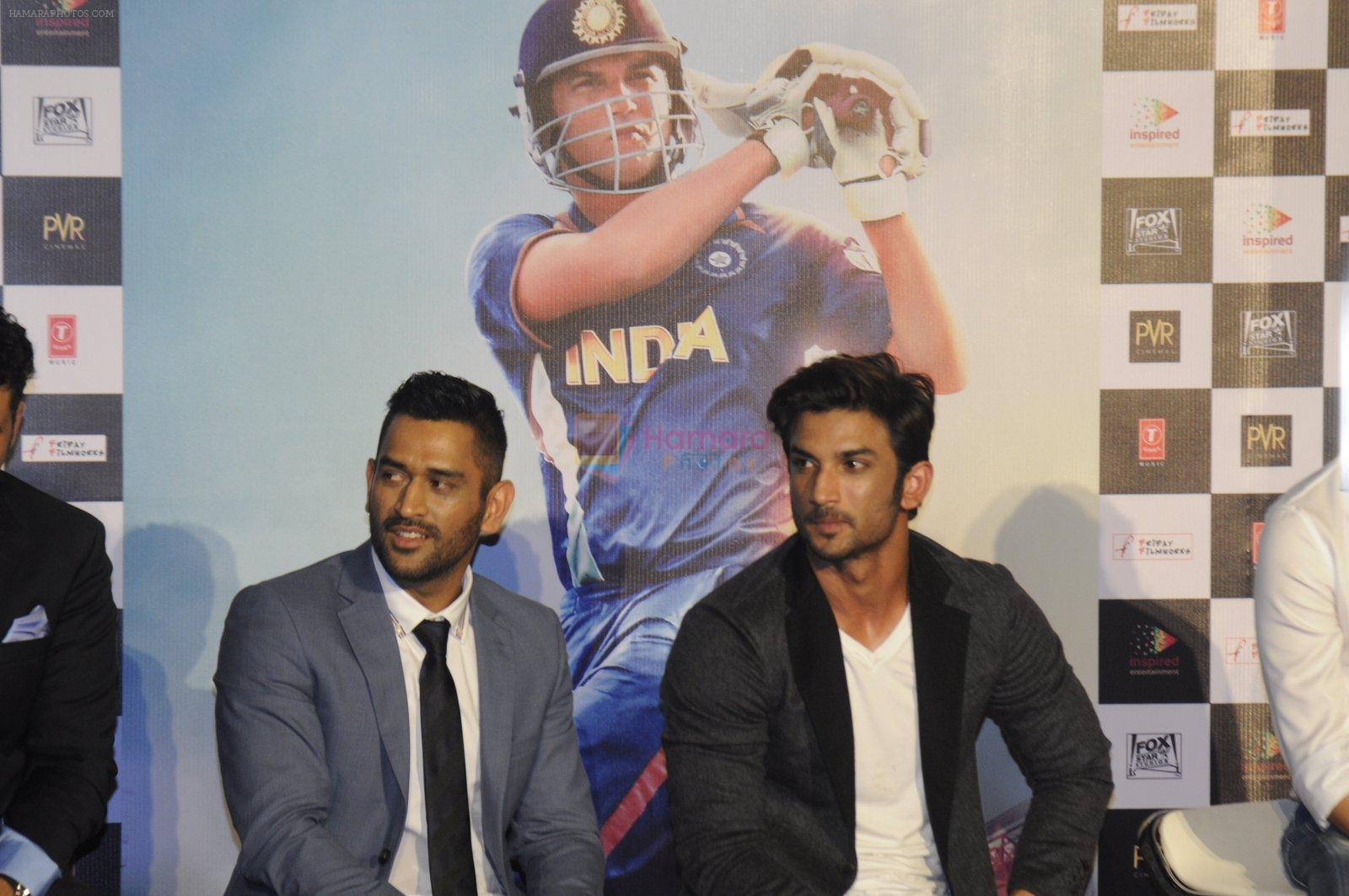 Sushant Singh Rajput, Mahendra Singh Dhoni at M.S.DHONI Movie promo in Juhu on 11th Aug 2016