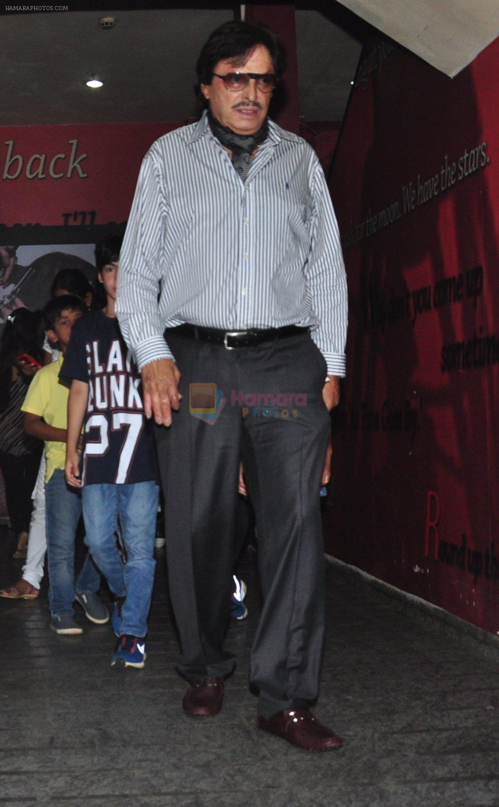 Sanjay Khan snapped at pvr on 15th Aug 2016