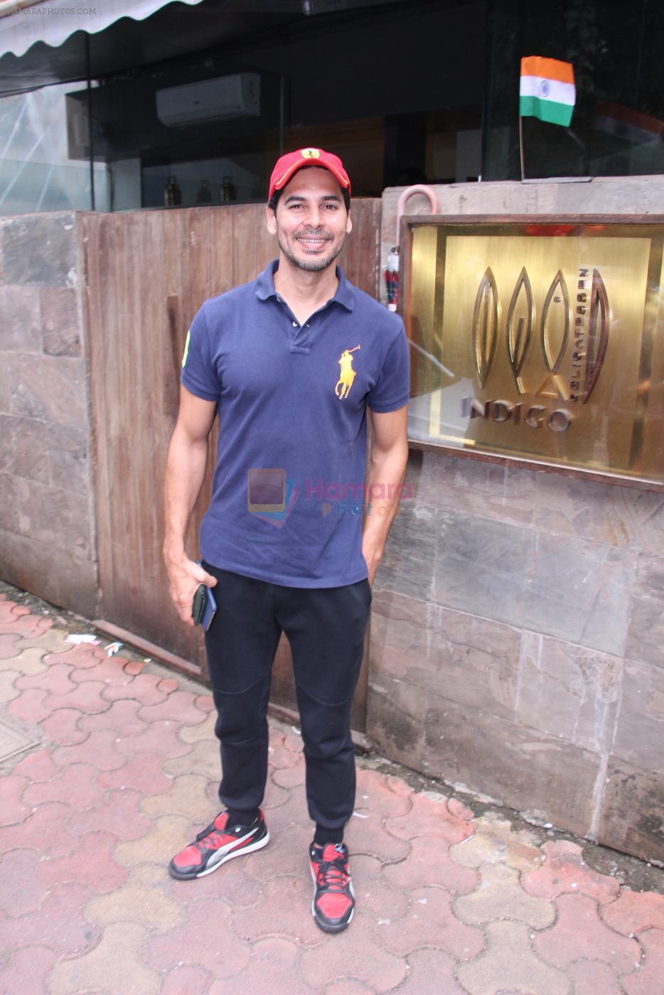 Dino Morea snapped post lunch on 15th Aug 2016