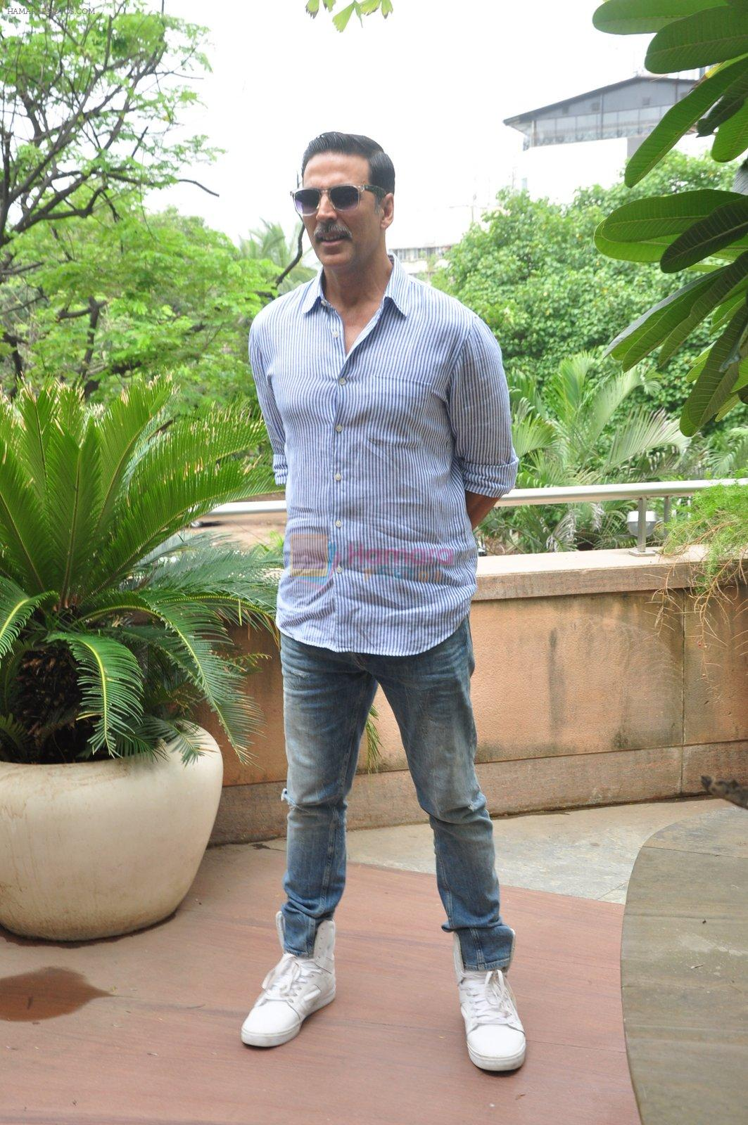 Akshay Kumar on Rustom success on 15th Aug 2016