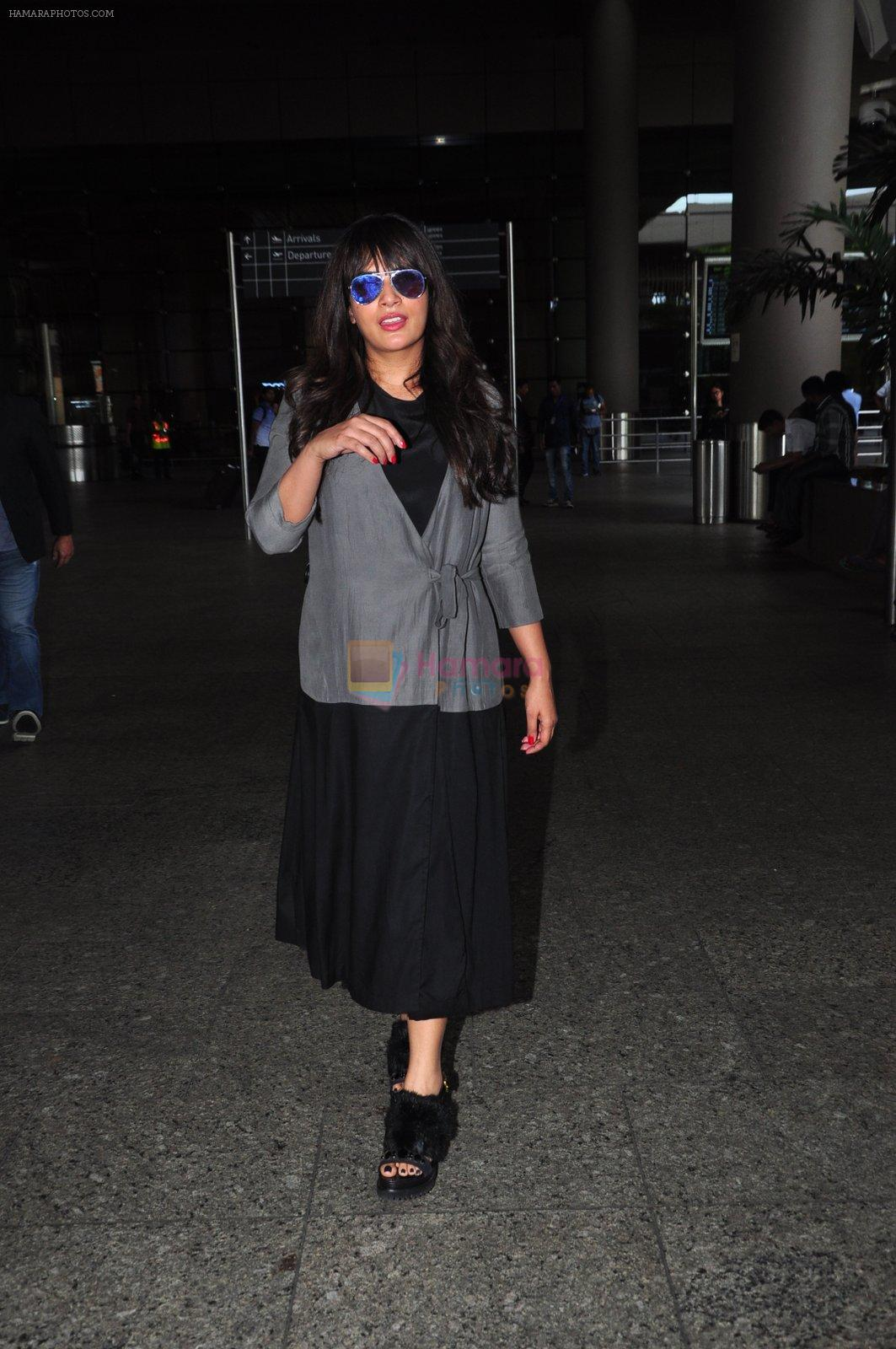 Richa Chadda snapped at airport on 15th Aug 2016