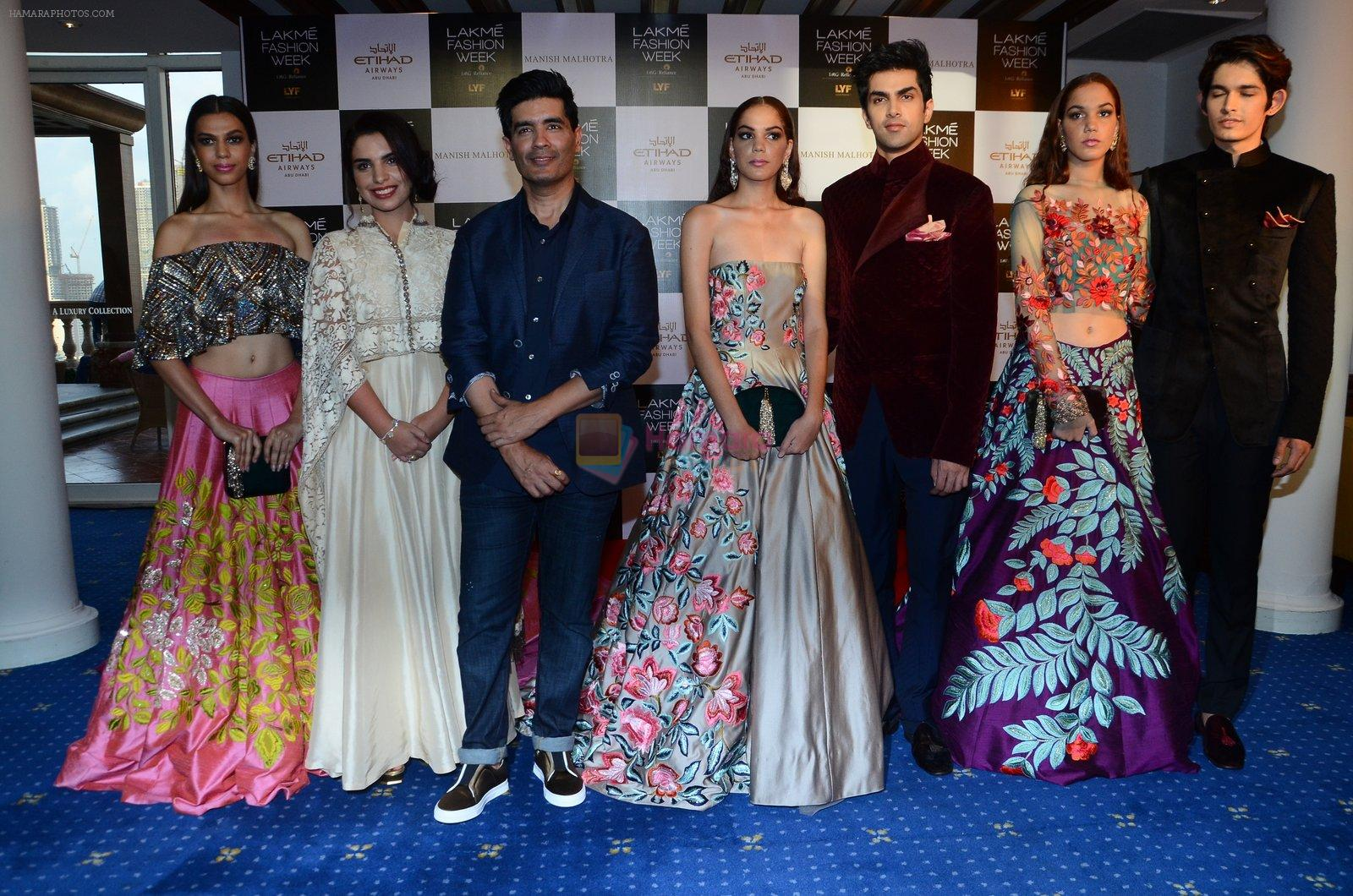 Manish Malhotra Lakme preview in Mumbai on 16th AUg 2016
