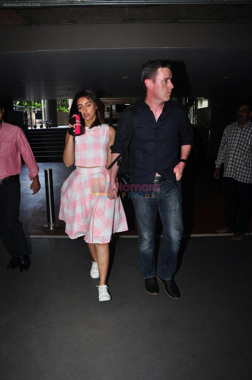 Ileana D_Cruz snapped at airport on 17th Aug 2016