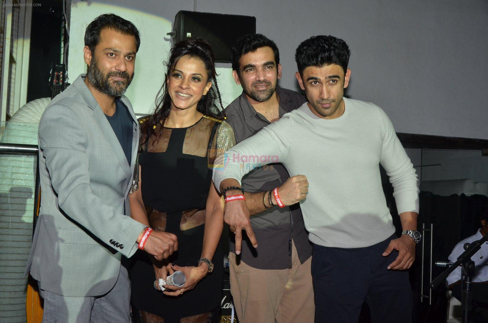 Abhishek Kapoor, Zaheer Khan, Manasi Scott, Amit Sadh at Manasi Scott album launch in Mumbai on 16th Aug 2016