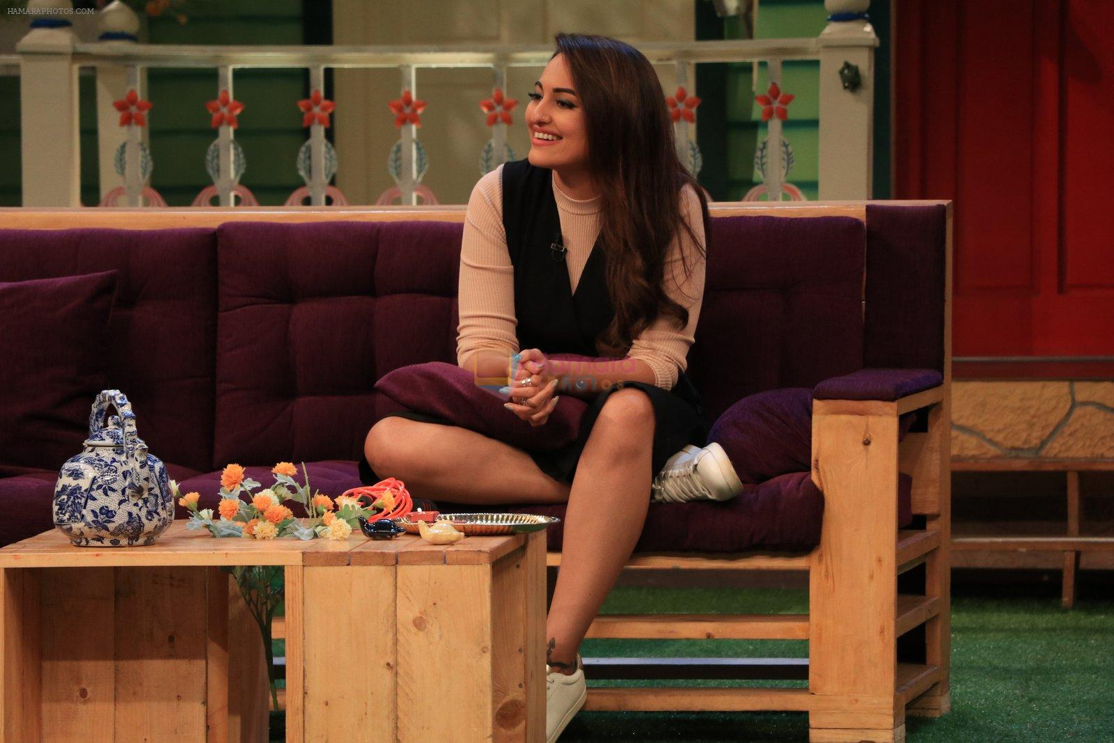 Sonakshi Sinha on the sets of The Kapil Sharma Show on 16th