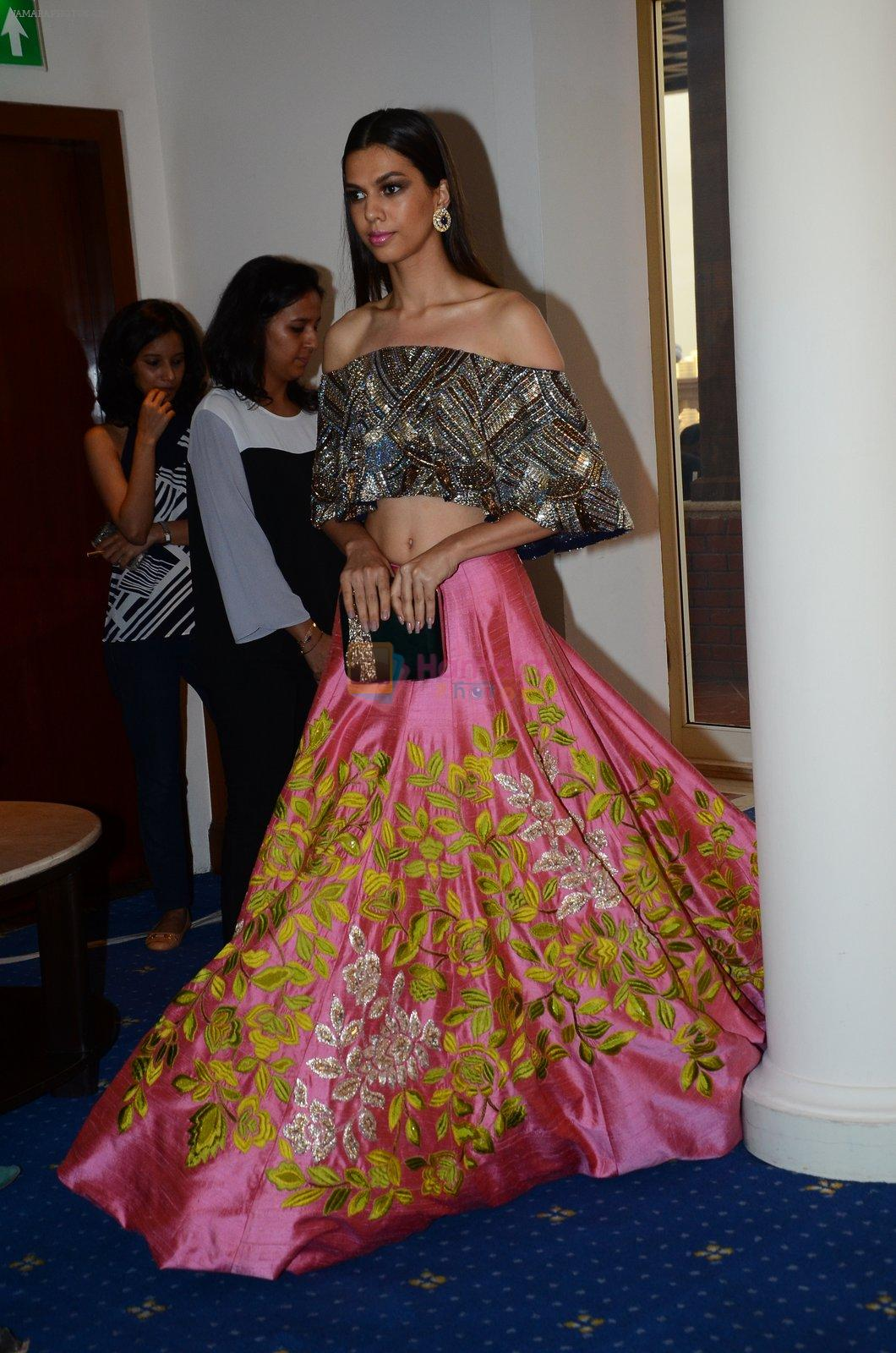 at Manish Malhotra Lakme preview in Mumbai on 16th AUg 2016