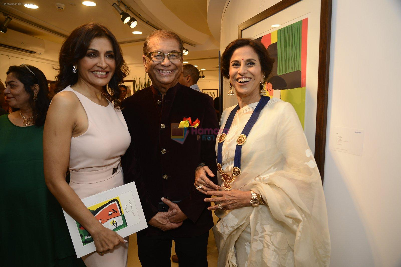 Queenie Dhody at Dilip De's art event on 16th Aug 2016