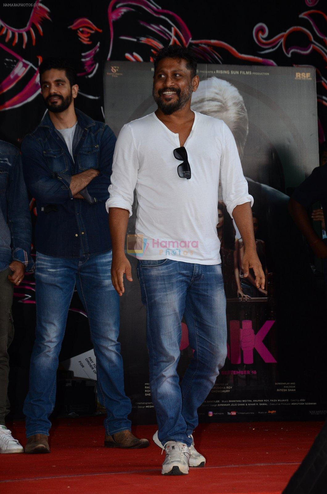 Shoojit Sircar at Pink promotions in Umang fest on 17th Aug 2016