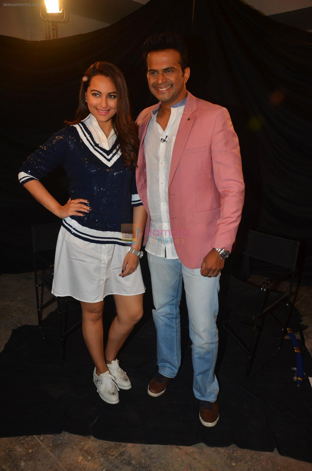 Sonakshi Sinha snapped post Siddharth Kanan's interview on 23rd Aug 2016