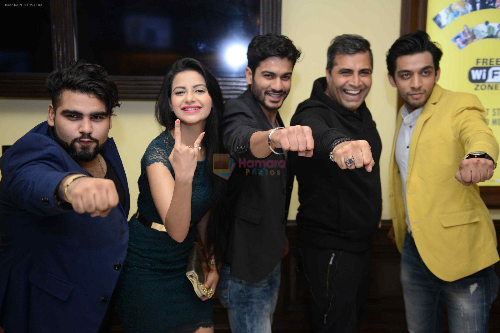 Ashrud Jain, Deepak Kadra, Shailendra Singh, Subha Rajput, Sunny Kaushal at Sunshine music travel press meet on 24th Aug 2016