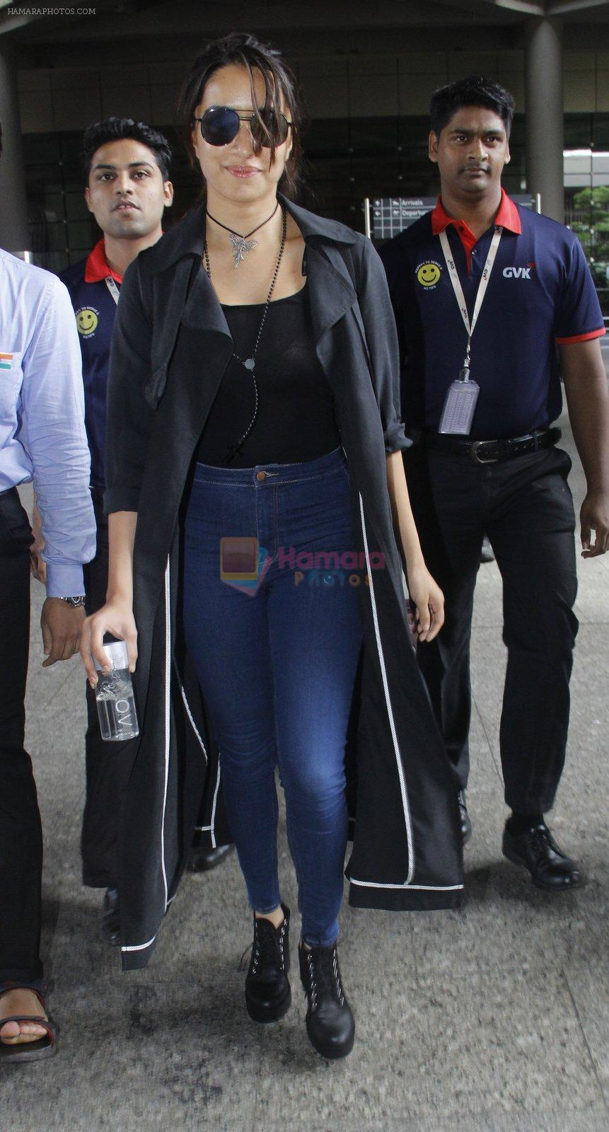 Shraddha Kapoor back from cape town on 24th Aug 2016