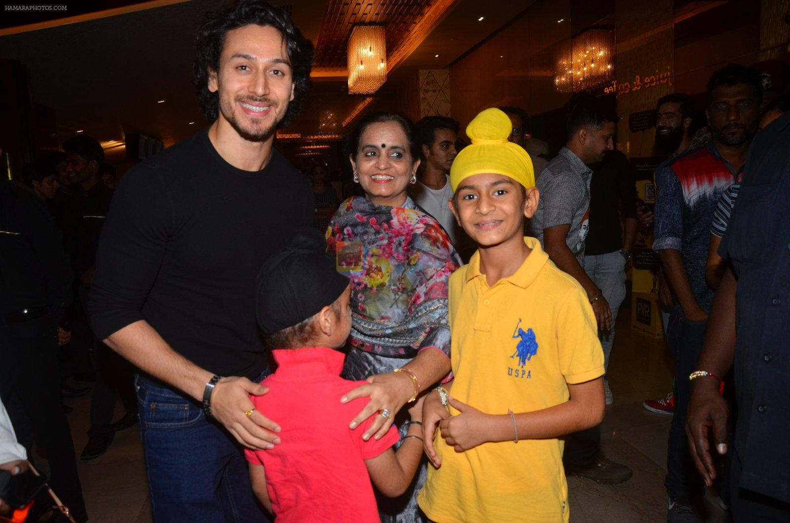 Tiger Shroff at The Flying Jatt premiere on 24th Aug 2016