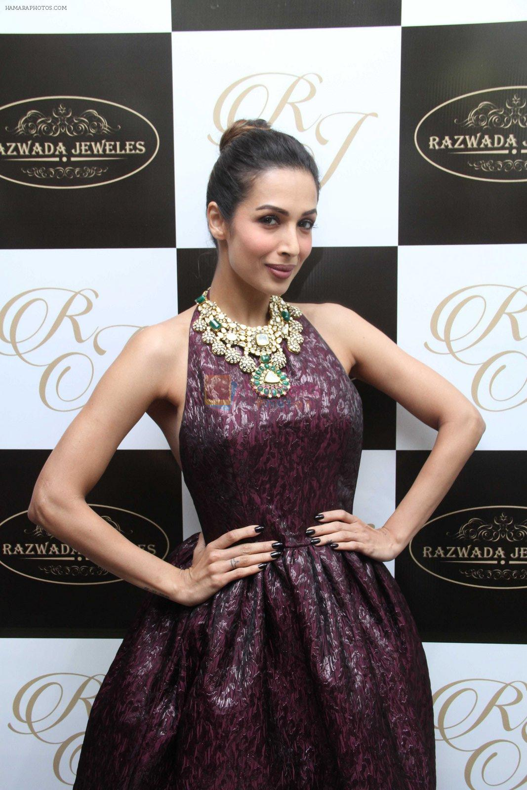 Malaika Arora Khan snapped at jewellery event on 26th Aug 2016