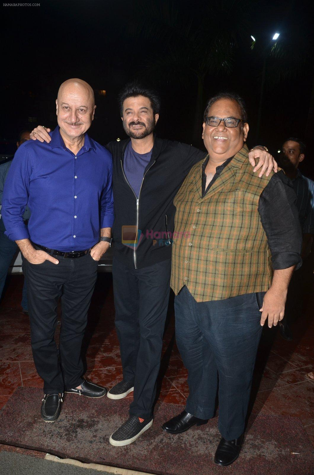 Satish Kaushik at the Vamps bash hosted by Suchitra on 27th Aug 2016