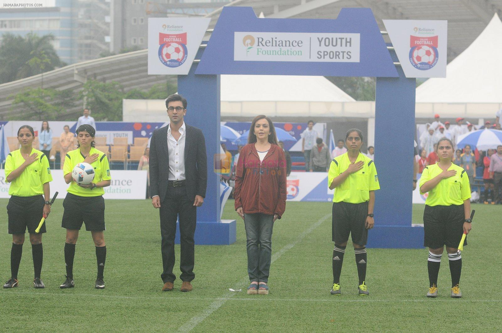 Ranbir Kapoor, Nita Ambani at an FootBalll Event on 27th Aug 2016
