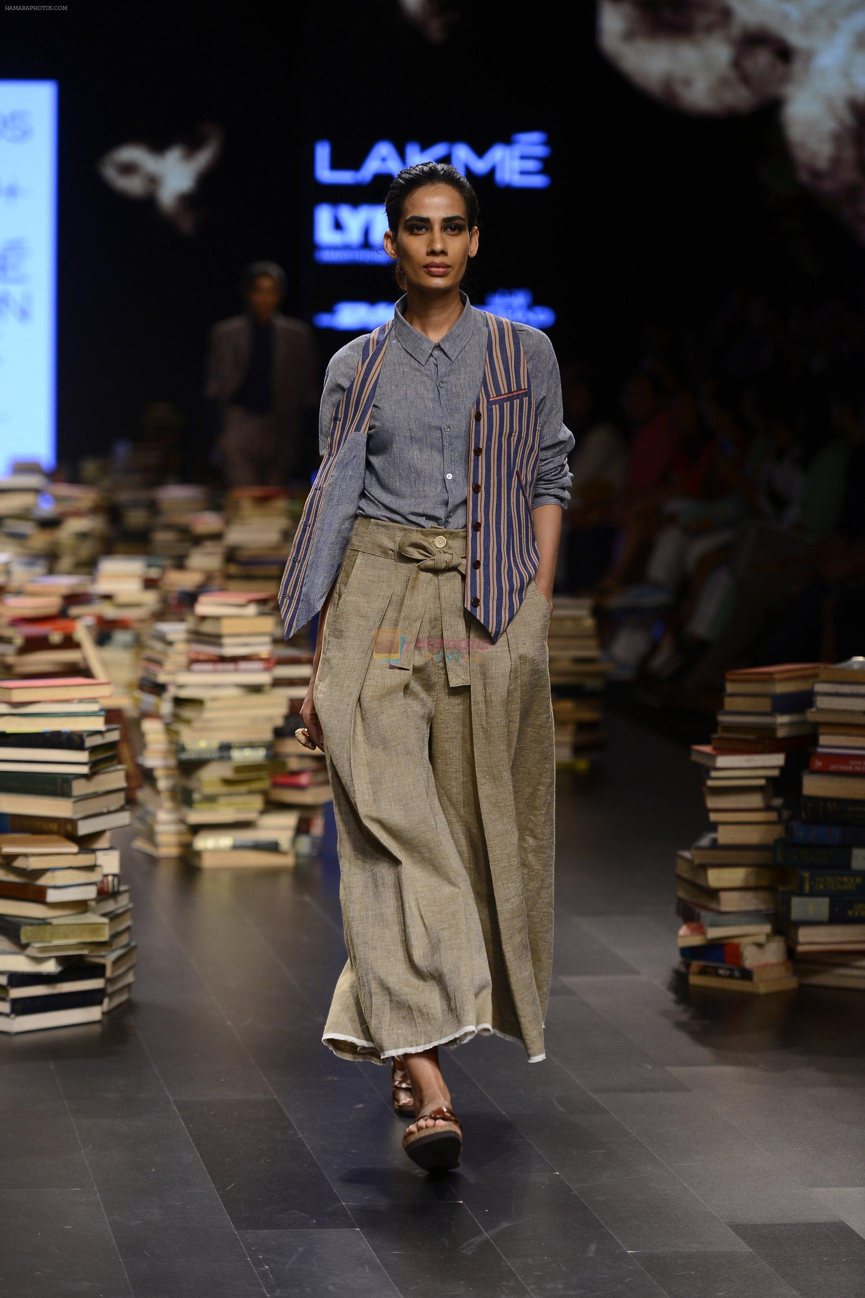 Model walk the ramp for Rajesh Pratap Singh Show at Lakme Fashion Week 2016 on 27th Aug 2016