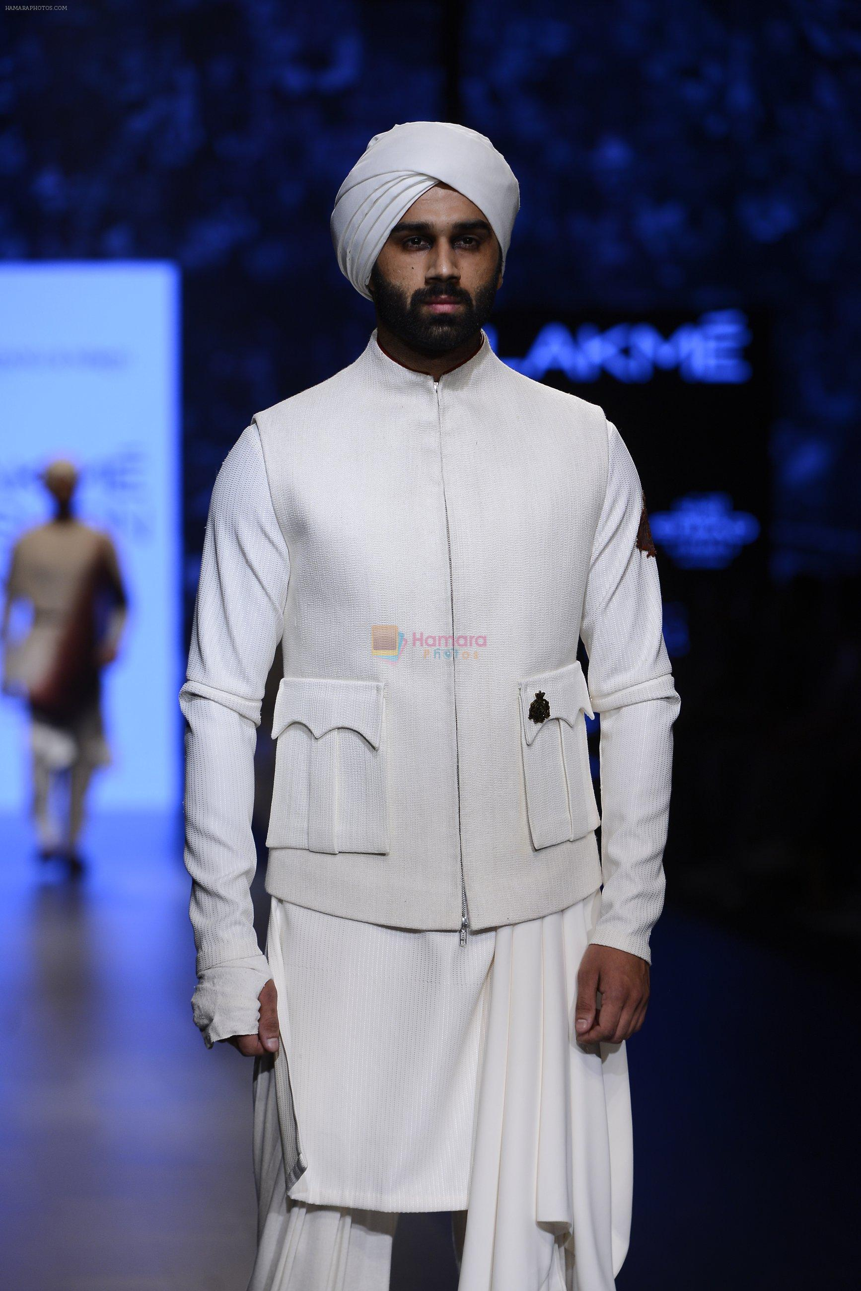 Model walk the ramp for Shantanu and Nikhil Show at Lakme Fashion Week 2016 on 27th Aug 2016