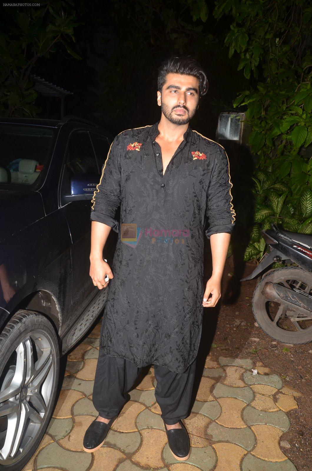 Arjun Kapoor at Akshay Kumar hosts a party in honour of Hollywood superstar Will Smith on 28th Aug 2016