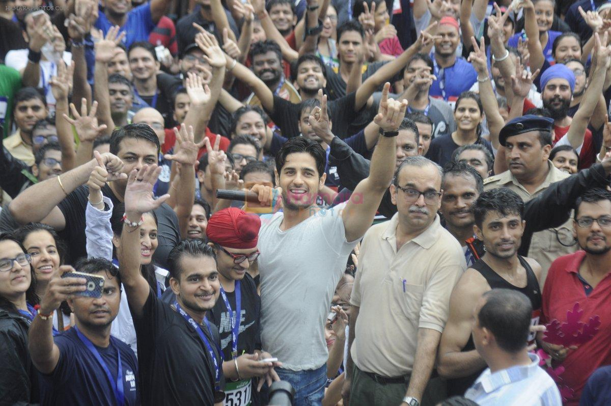 Sidharth Malhotra at a promotional event on 28th Aug 2016