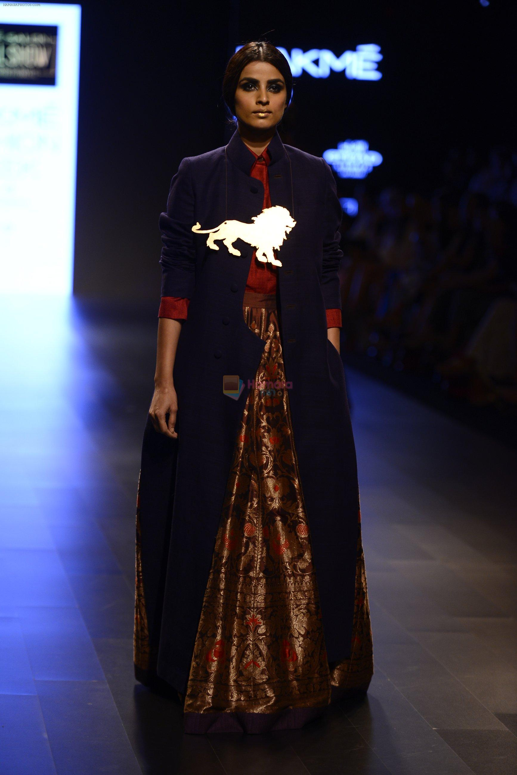 Model walk the ramp for Payal Khandwala Show at Lakme Fashion Week 2016 on 28th Aug 2016