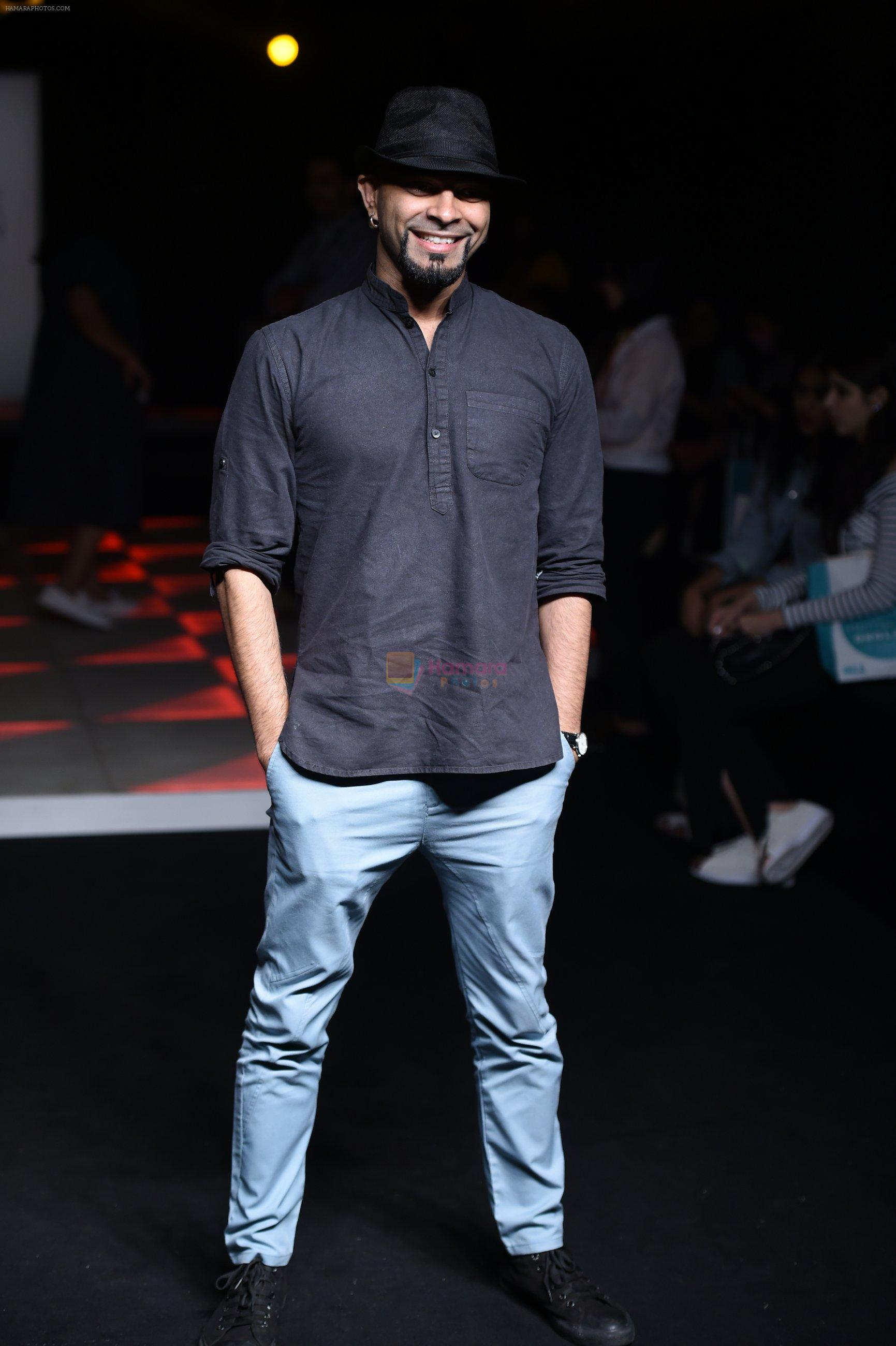 Raghu Ram at Little Shilpa Show at Lakme Fashion Week 2016 on 28th Aug 2016