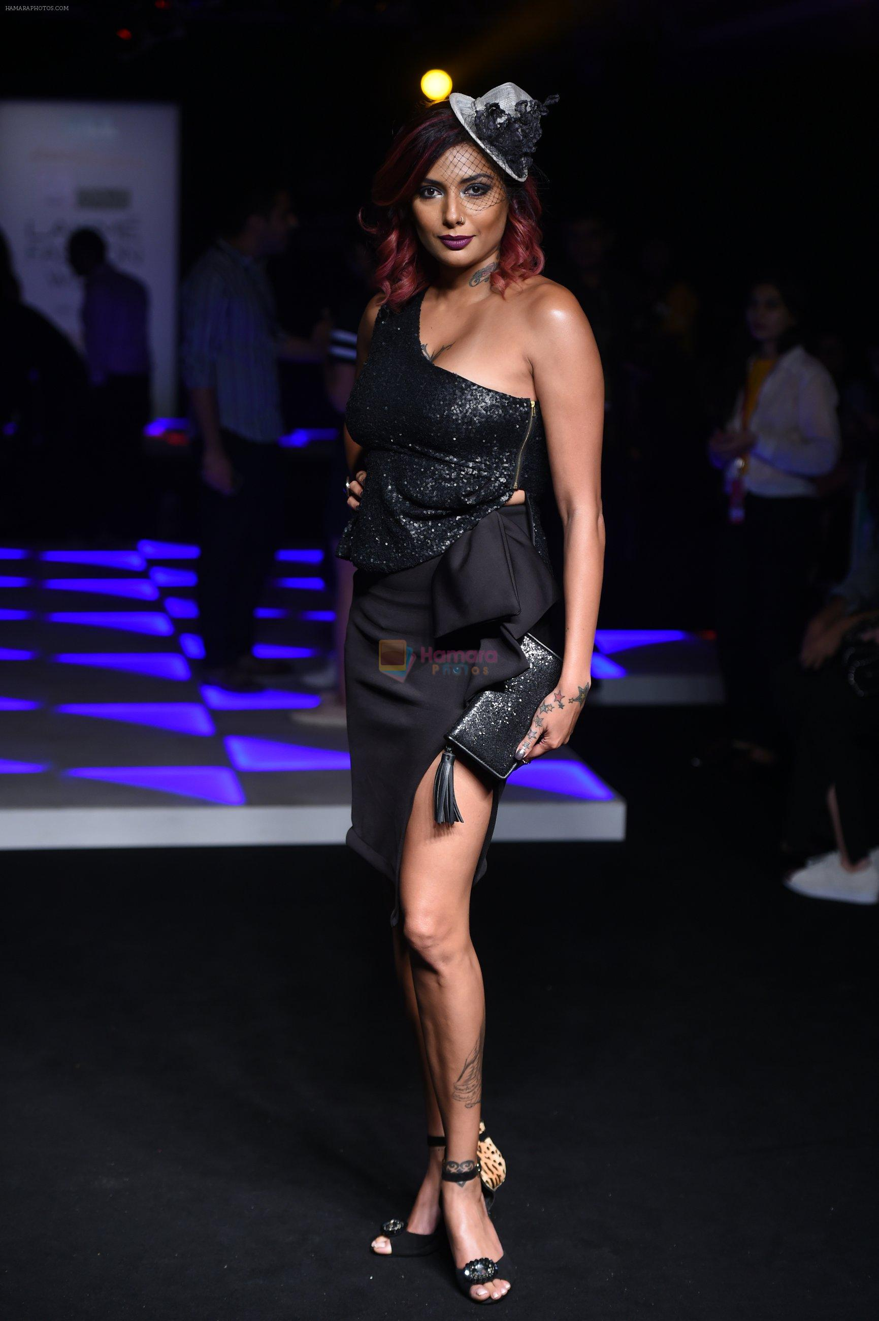 Diandra Soares at Little Shilpa Show at Lakme Fashion Week 2016 on 28th Aug 2016