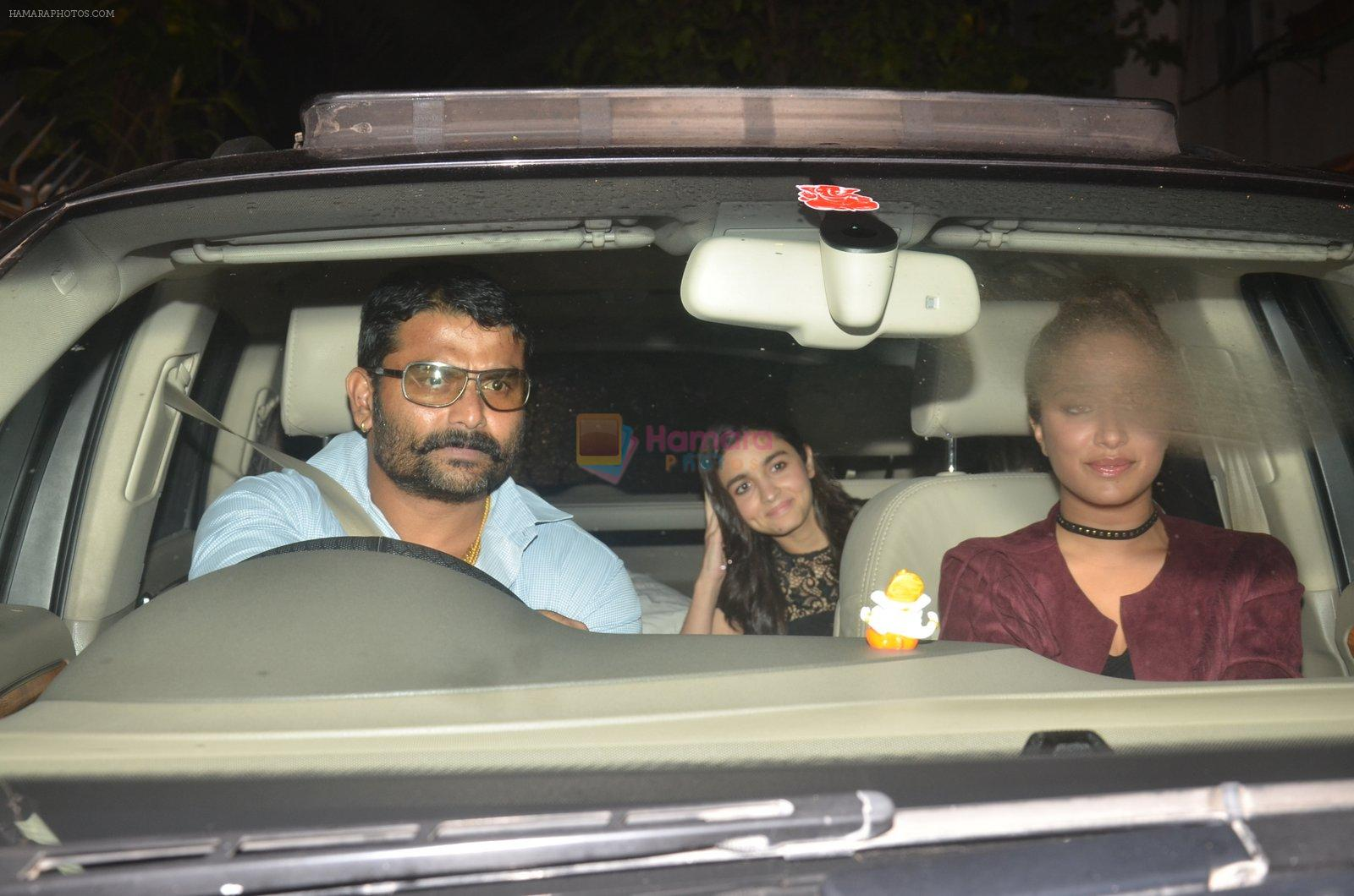 Shraddha Kapoor, Alia Bhatt at Akshay Kumar hosts a party in honour of Hollywood superstar Will Smith on 28th Aug 2016