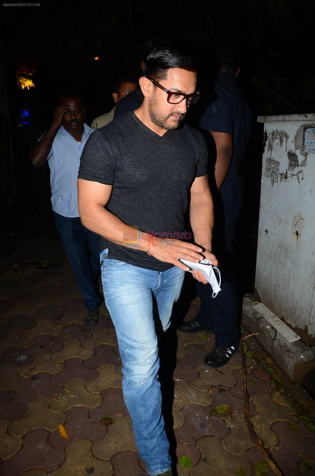 Aamir with his Dangal team snapped at Hakassan on 29th Aug 2016