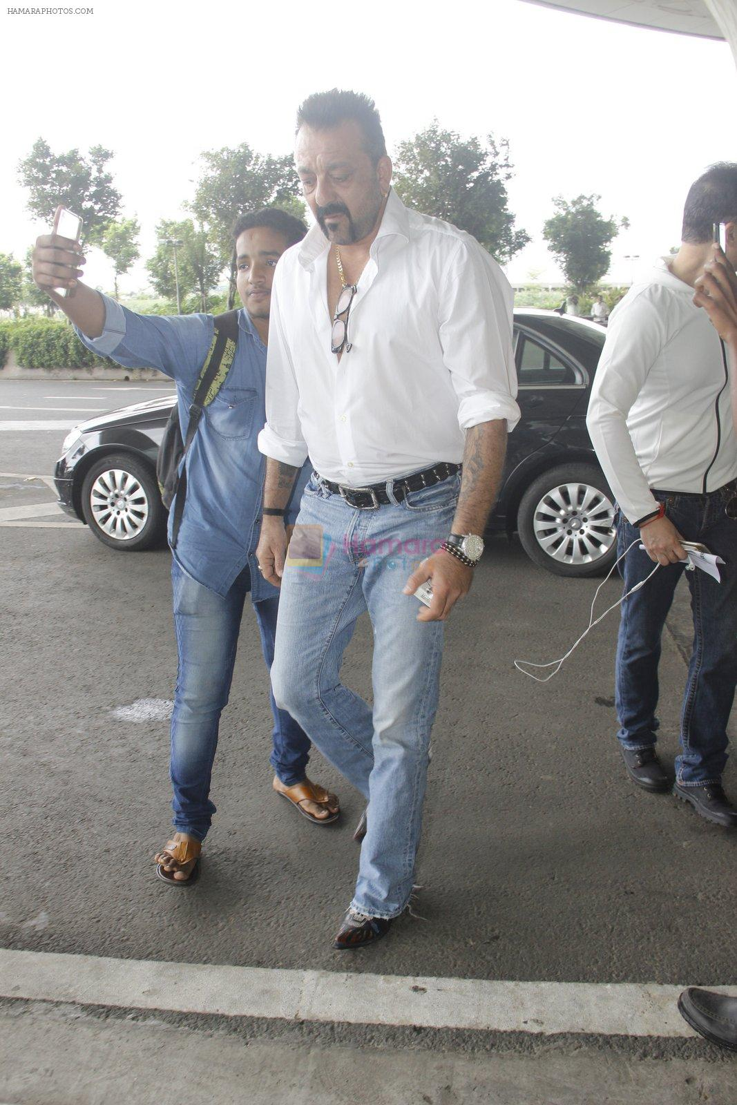 Sanjay Dutt snapped at airport on 30th Aug 2016