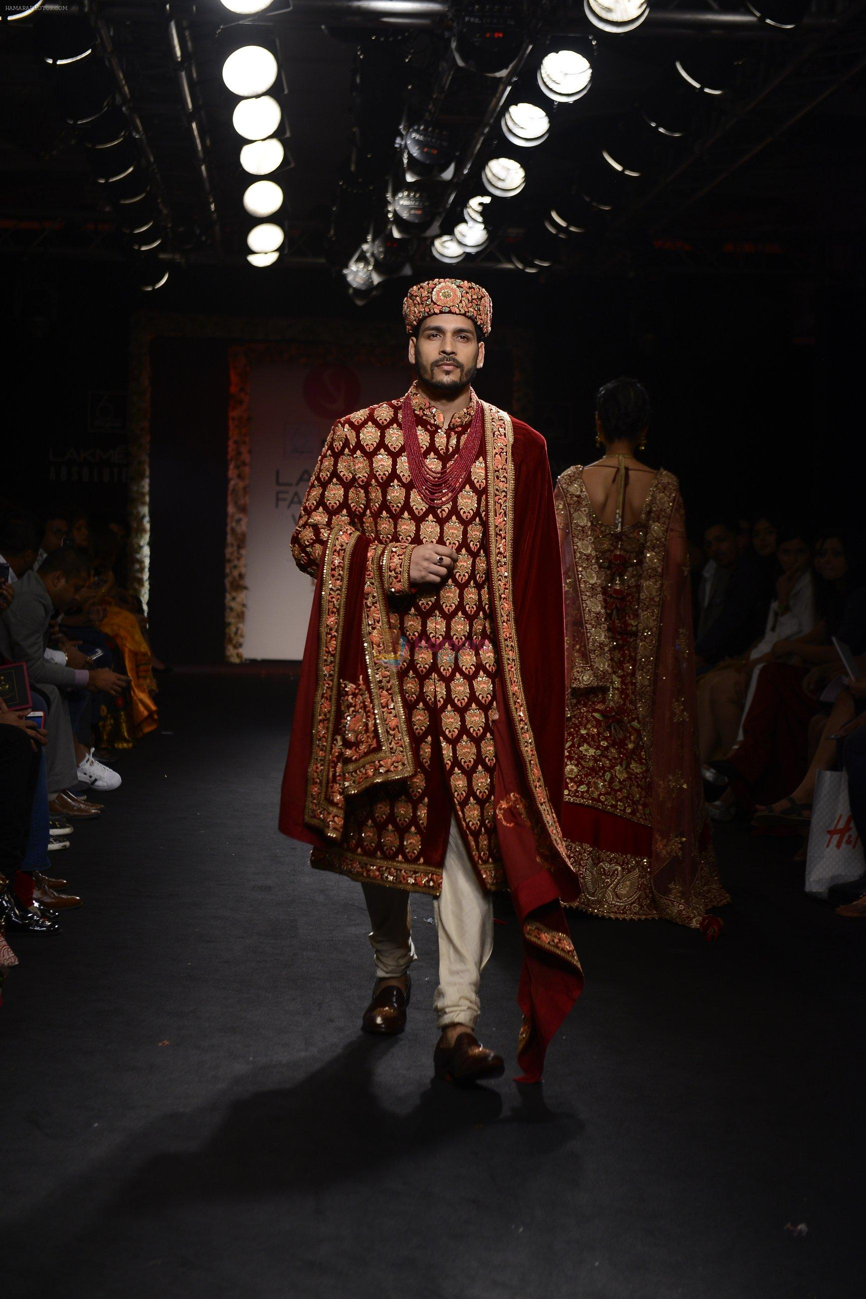 Model walk the ramp for Saroj Jalan Show at Lakme Fashion Week 2016 on 28th Aug 2016