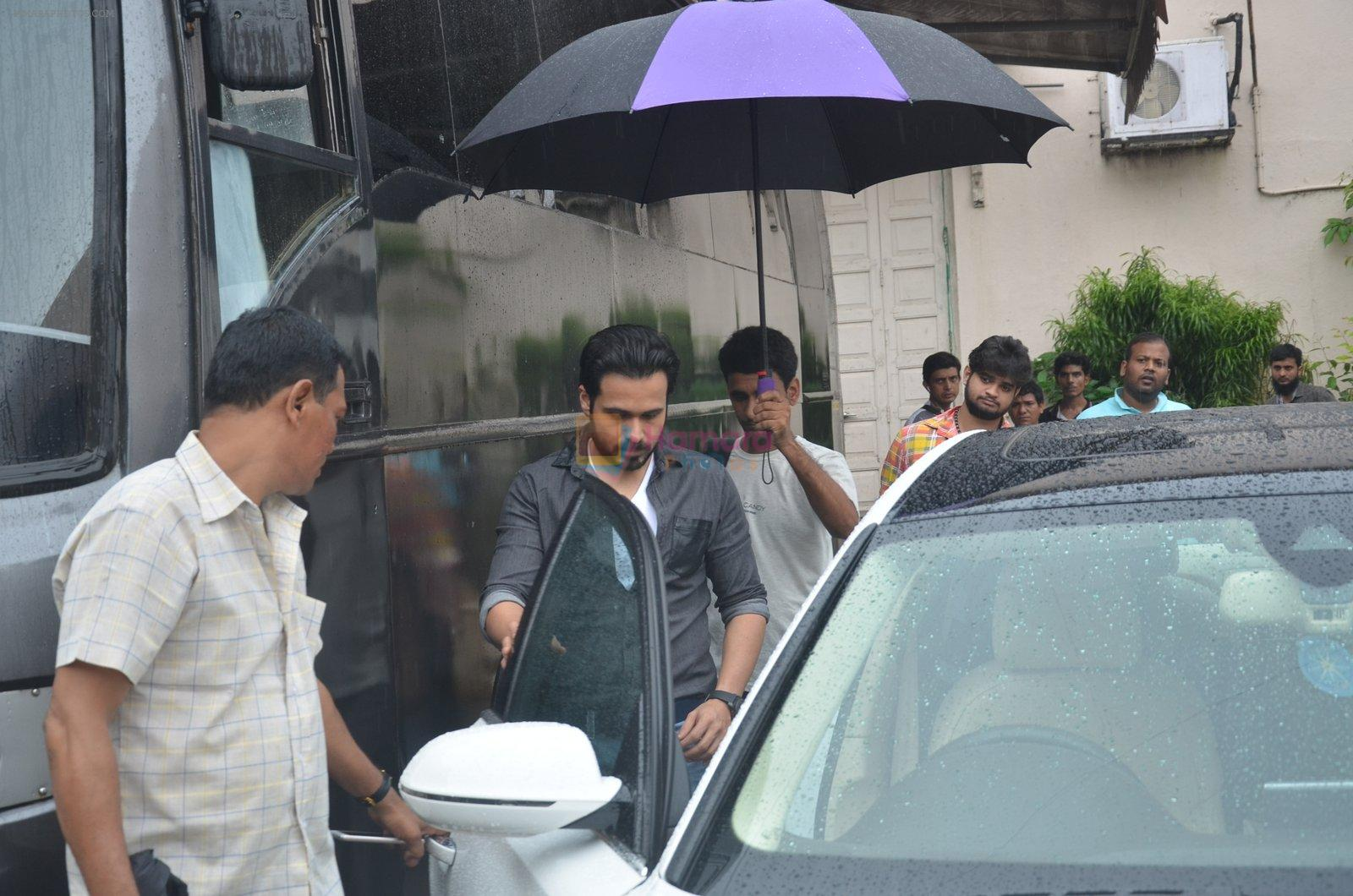 Emraan Hashmi, Kriti Sanon snapped at Mehboob on 30th Aug 2016